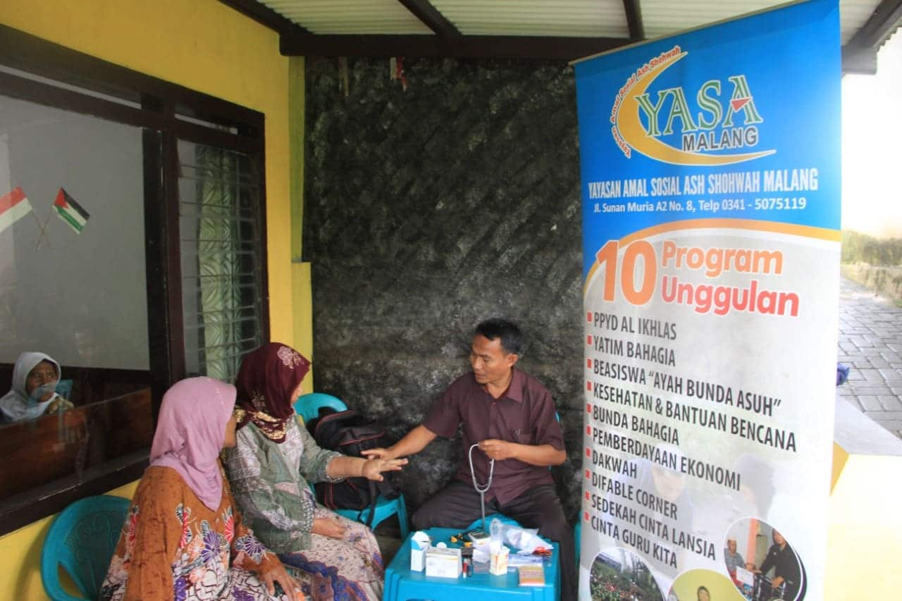 Bakti Sosial Pengobatan Gratis YASA Malang
